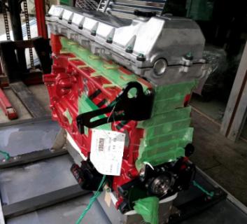Двигатель Kobelco J08E