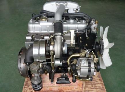 Двигатель в полной комплектации 4JB1