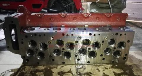 Головка блока цилиндров J05E