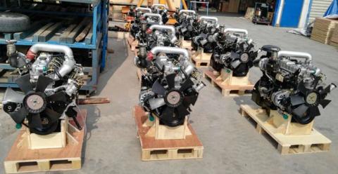 Двигатель 4BB1 Isuzu (с навесным)