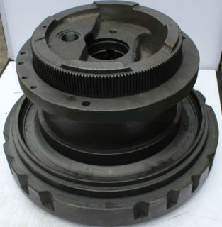 Корпус гидромотора Komatsu  PC270, PC300, PC350