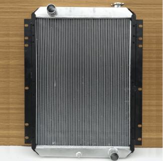 Радиатор двигателя Хитачи