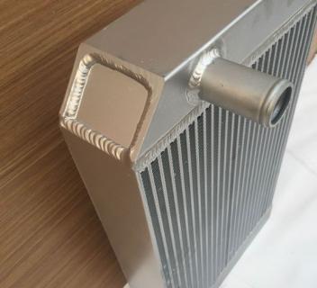 Радиатор охлаждения JCB